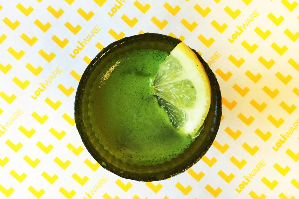 matcha superfood lemonade in loliware cup